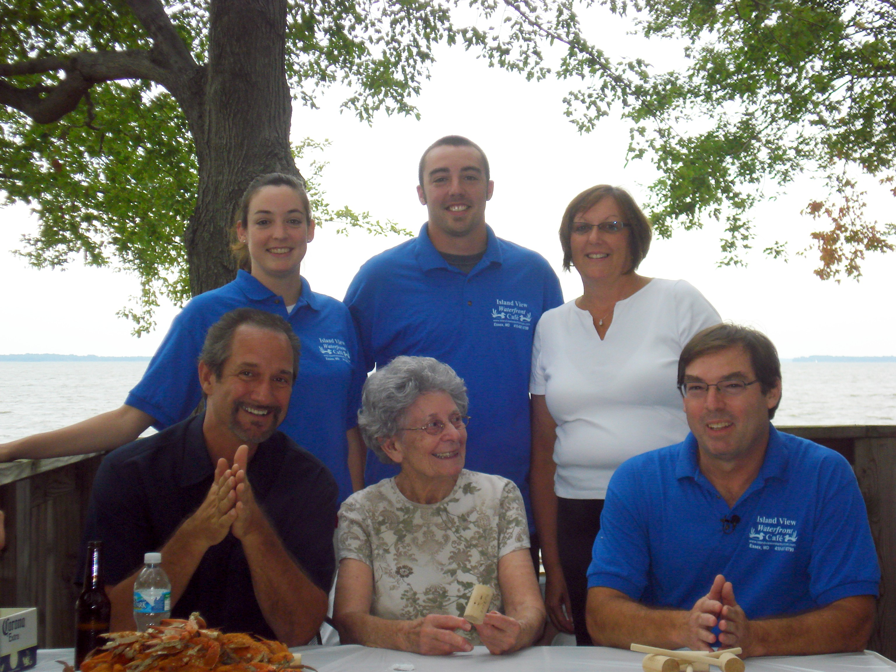 The Laing Family:     Ms. Fran, Bruce, Jessica, Bryan, Melissa, with Steve Rouse